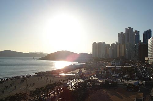 パラダイス ホテル&カジノ 屋上プールからの眺め