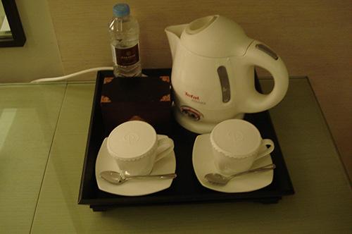 パラダイス ホテル&カジノ お茶