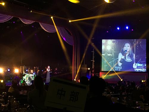 パラダイスカジノ ウォーカーヒル 創立47周年記念ディナーショー「杏里」