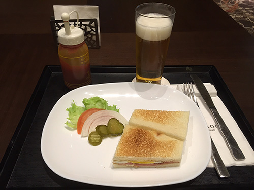 パラダイスカジノ仁川(旧ゴールデンゲートカジノ)BAR食事